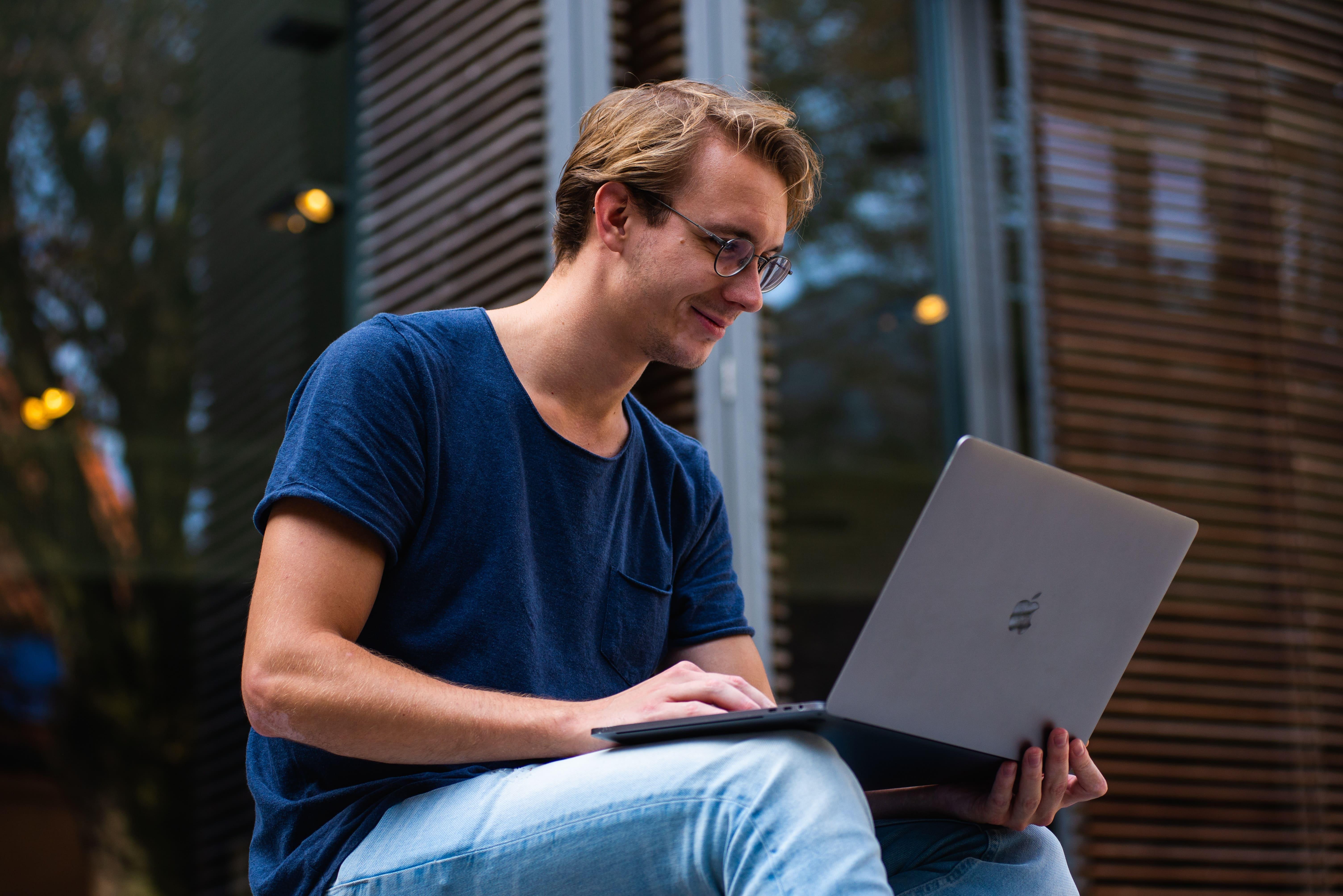 כל מה שאתם חייבים לכלול בקורות החיים בתחומי: פיתוח Web, פיתוח Java ו-Data science